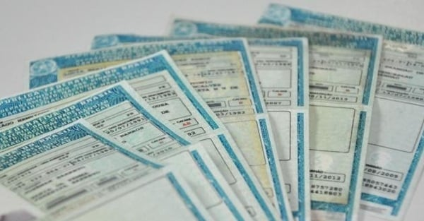 carteira de habilitação vencida a mais de 30 dias